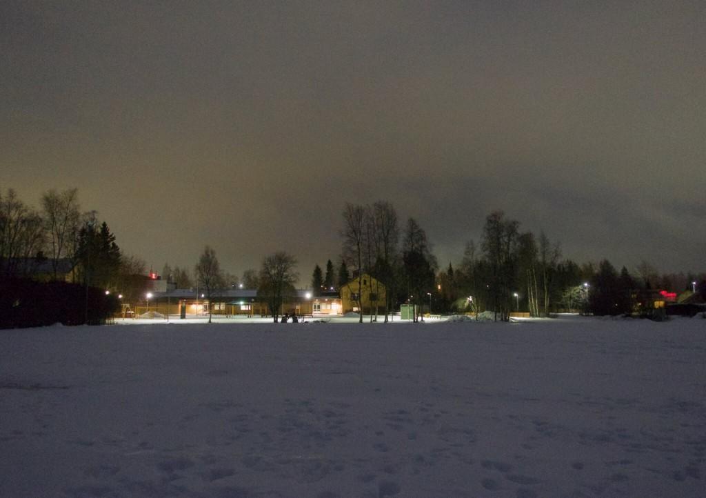 piipparitreenit oulunlahden koulun kentällä