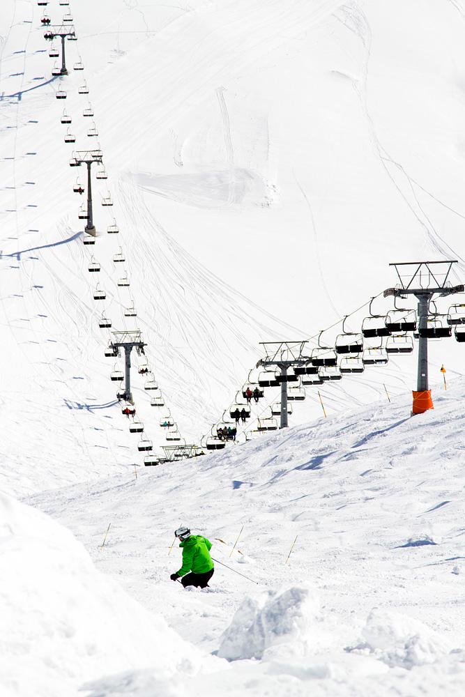 Avoriazista Sveitsin suuntaan viettävä Le Mur Suisse haastaa laskijan kaltevuudellaan ja kumpareikkoisuudellaan. Rinne on liian jyrkkä koneellisesti hoidettavaksi.