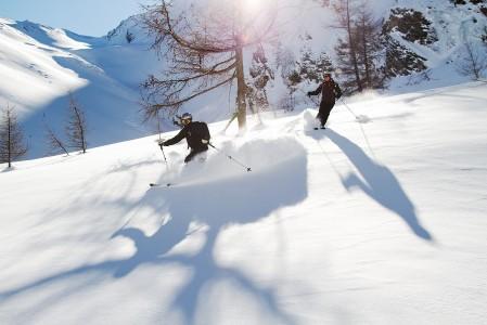 Samnaun puolelta Silverettan hiihtokokonaisuutta löytyy paikoittain tilaa omille jäljille.