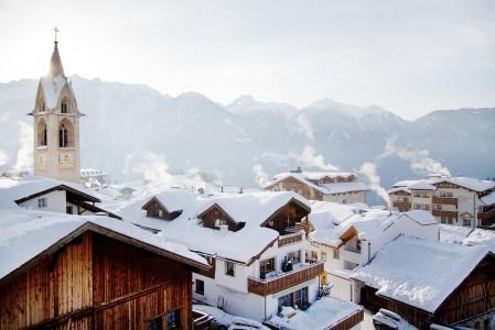 Serfauksen kylä on viehättävä ja itävaltalaiseksi rauhallinen.