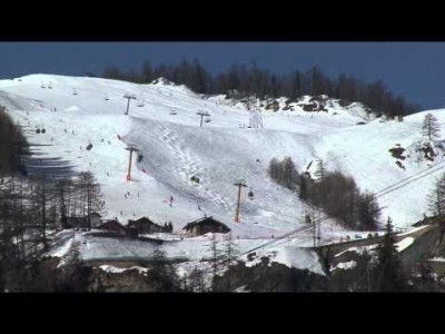 Yksi Aostan laakson helmistä, Courmayeur pikaesittelyssä.