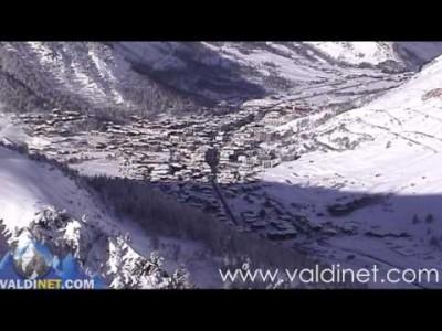 Val d'Iseren englanniksi juonnettu esittelyvideo.