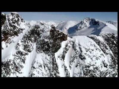 Narvik tarjoaa oikeissa olosuhteissa Norjan parhaat off-pistelaskut.