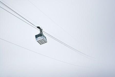 Cervinian hiihtoalue sijaitsee korkealla, joten hissitkin ovat alttiita joutumaan tuulien vuoksi suljetuiksi.