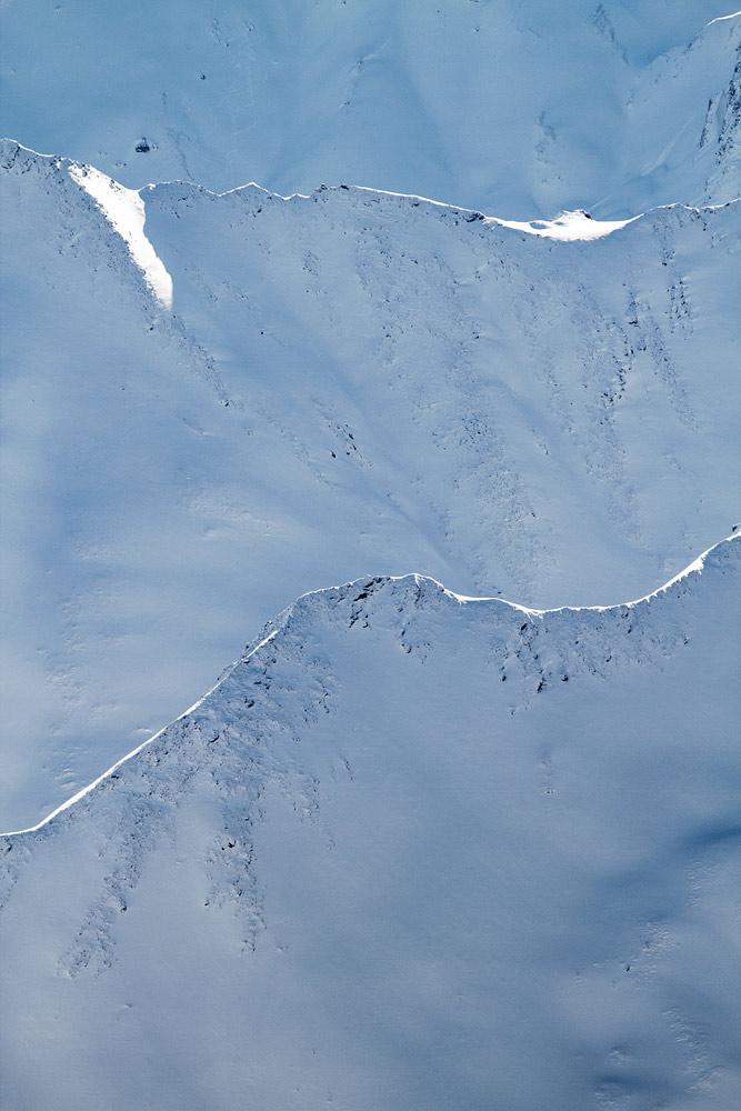 Vuorilla liikuttaessa joutuu ajoittain pysähtymään todettuaan silmien edessä lepäävän maiseman taulukelpoiseksi.
