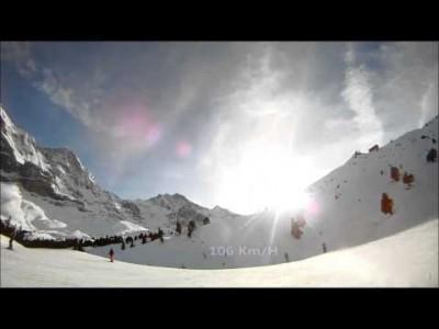 Nopeuslaskua ja tavanomaisempaa rinnelaskua aurinkoisessa Grindelwald-Wengenissä.