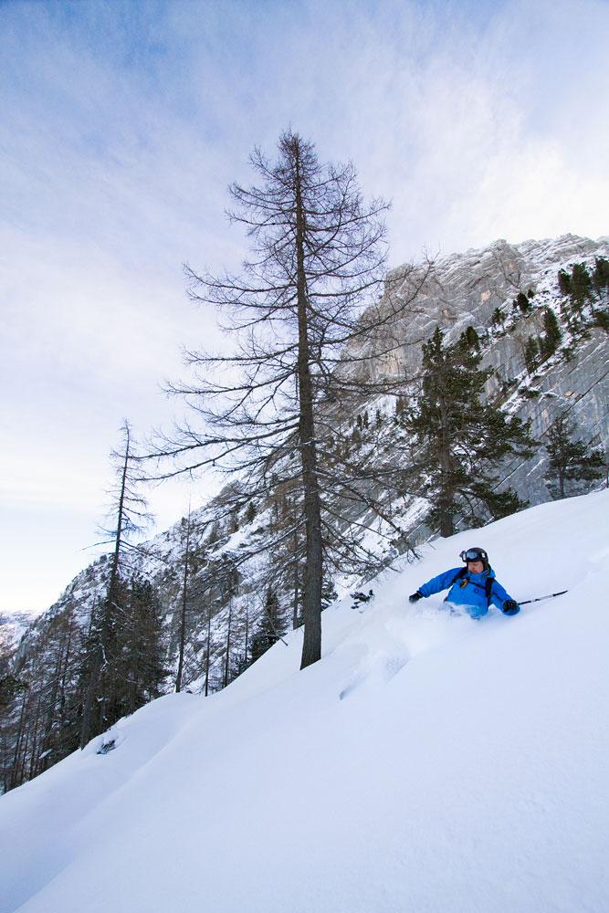 Krippensteinin hiihtoalueella ajautuu rinteestä poistuttuaan mitä todennäköisimmin upeaan metsälaskumaastoon.