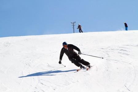 Kevätkausi 2013 on hemmotellut laskettelijoita lumisilla ja aurinkoisilla hiihtokeleillä myös Etelä-Suomessa.