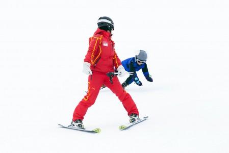 Tulevan mestarin ura käynnistyy saa usein alkunsa hiihtokoulusta
