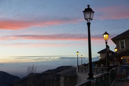 Sierra Nevadan baareissa alkaa auringon laskeuduttua meno vasta lämpenemään.