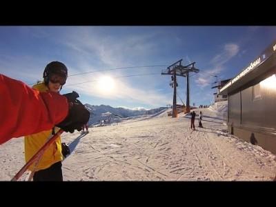 Itävallan Skijuwel Alpbachtal Wildschönau on suuri, kaunis ja monipuolinen tirolilaiskohde rauhallisille laskijoille ja aloittelijoille. Etenkin rentoutumiseen keskittyvälle laskukansalle paikka onkin ehdottomasti Tirolin parhaiden joukossa.
