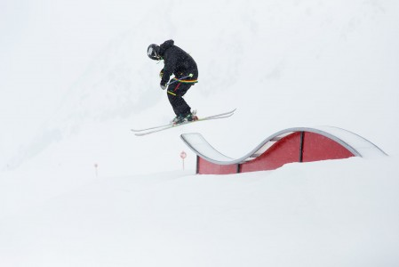 Pitztalin jäätiköllä on laaja ja hyvin hoidettu snow park.