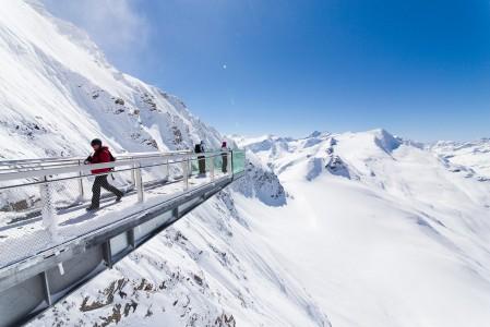 Kitzsteinhornin jäätikön näkymät ovat jopa itävaltalaisittain jylhiä