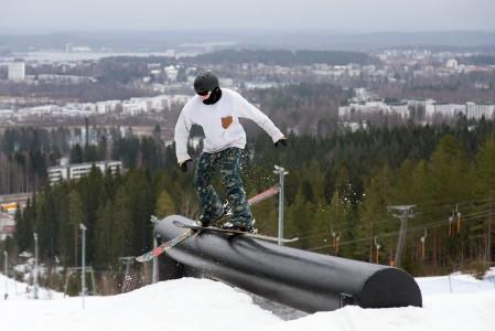 Laajiksen parkkia taustamaisemanaan Jyväskylän keskusta