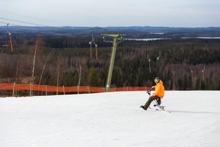 Snowbike Hankasalmen Häkärinteiden loppukeväässä.