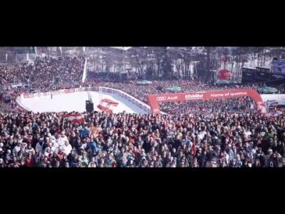 75 vuoden ajan Kitzbühelin Hahnenkammin legendaarinen syöksykilpailu on tarjonnut miljoonille katsojille uskomatonta jännitystä ja järkyttäviä tragedioita. Aiheesta tehty elokuva tulee joulukuussa 2014 teattereihin Keski-Euroopassa.
