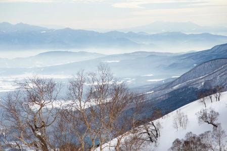 Myokon miellyttäviä skinnailumaisemia Mt. Maeyama -vuoren kupeesta.