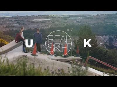 Takuuviihdyttävä tallenne Real Skifi -tiimin kesäiseltä Britannian-vierailulta.