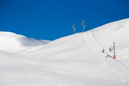Suurin osa Grimentzin hisseistä on nykyaikaisia ja nopeita, mutta Roc d'Orzivalin huipulle 2853 metriin noustaan viimeinen osa hitaalla ja vanhanaikaisella sompahissillä.