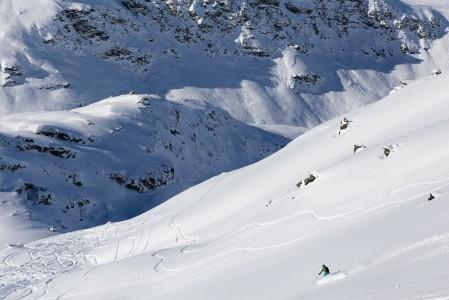 Mont du Vallon on Kolmen laakson potentiaalisimpia puuteriapajia. Lumikentillä on mukavasti pituutta ja sopivasti kaltevuutta.