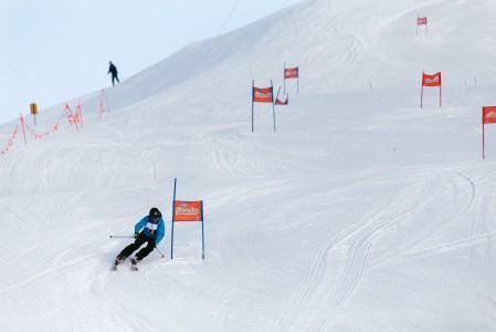 Suomi Slalom innostaa tasoituskertoimensa vuoksi kaiken ikäiset tasaveroisina kevyeen kisailuun. Kannattaa kokeilla!