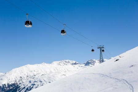 Jäljistä päätellen kaikki matkantekijät eivät ole käyttäneet gondolia St. Moritzin Corvigliassa.
