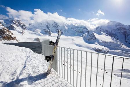 St. Moritzin upein maisemapaikka löytyy Diavolezzan yläasemalta. Tätä näkymää voi katsella yläaseman majapaikan tai ravintolan ikkunoista ja terassilta.