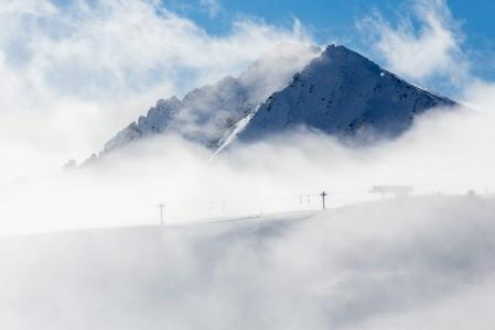 Andorran Grandvaliran vuoret kestävät näyttävyydessään vertailun Alppeihin.