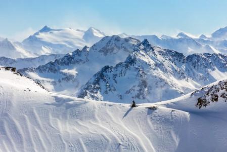 Stubain maisemat edustavat vuoristoisuudessaan Itävallan parhaiden joukkoa.