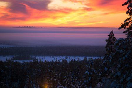 Pyhällä ja muualla pohjoisen hiihtokeskuksissa on alkukaudesta miellyttävä, oman rauhan takaava tunnelma.