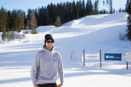 23-vuotiaana Pääskyvuoren hiihtokeskuksen yrittäjäksi ryhtynyt Petri Valkama oli Suomen todennäköisesti nuorin hiihtokeskusyrittäjä.