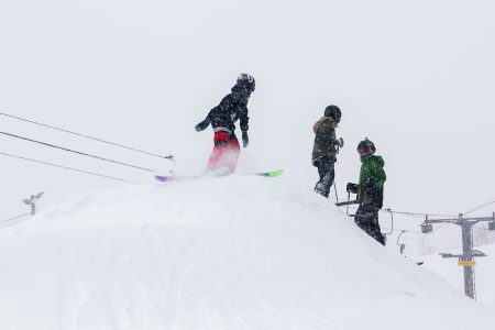 Varkaus Ski Centerin parkin rakentamisessa ja muokkaamisessa kuunnellaan laskijoiden toiveita. Lisäksi välikumpareikon alueelle on varattu tila, johon laskijat voivat rakentaa itse kikkailupaikkoja oman maun mukaan.