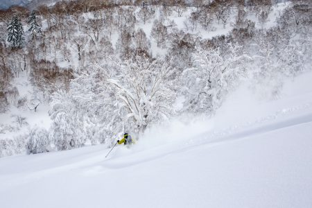 Sapporo Kokusain alueella on mahdollista päästä siihen harvinaiseen tilanteeseen, jossa saa piirtää omaa jälkeä koko päivän.