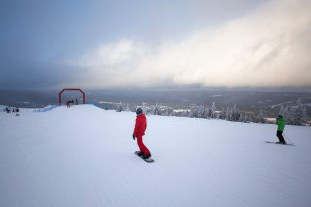 Sälenin rinteiltä löytyy 3 suosittua Fun Ride -rinnettä, joissa on yhdistetty snow parkkia ja ski crossia seikkailuhenkisesti ja koko perheelle sopivalla tavalla.