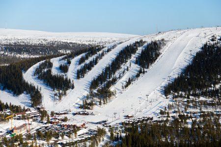 Sälenin Tandådalen-hiihtoalueella on niin paljon rinteitä, että yhteen kuvaan mahtuu niistä korkeintaan puolet.