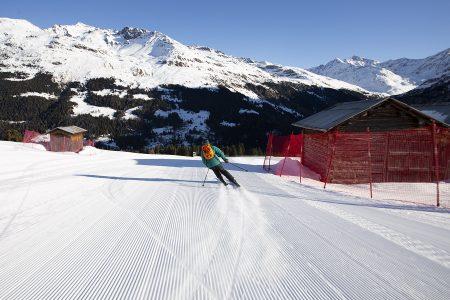Bormiossa ruuhkia on vain harvoin. Etenkin Santa Caterinan ja Cima Piazzin hiihtoalueilla saa laskea hyväkuntoisilla rinteillä, joissa ei tungosta tunneta.