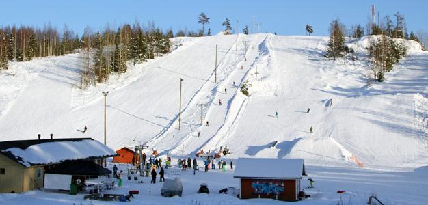 Tornikeskus Klaukkala - hiihtokeskus. Kuva: Simo Vunneli