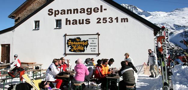 Spannagelhaus on yksi Hintertuxin parhaista rinneravintoloista