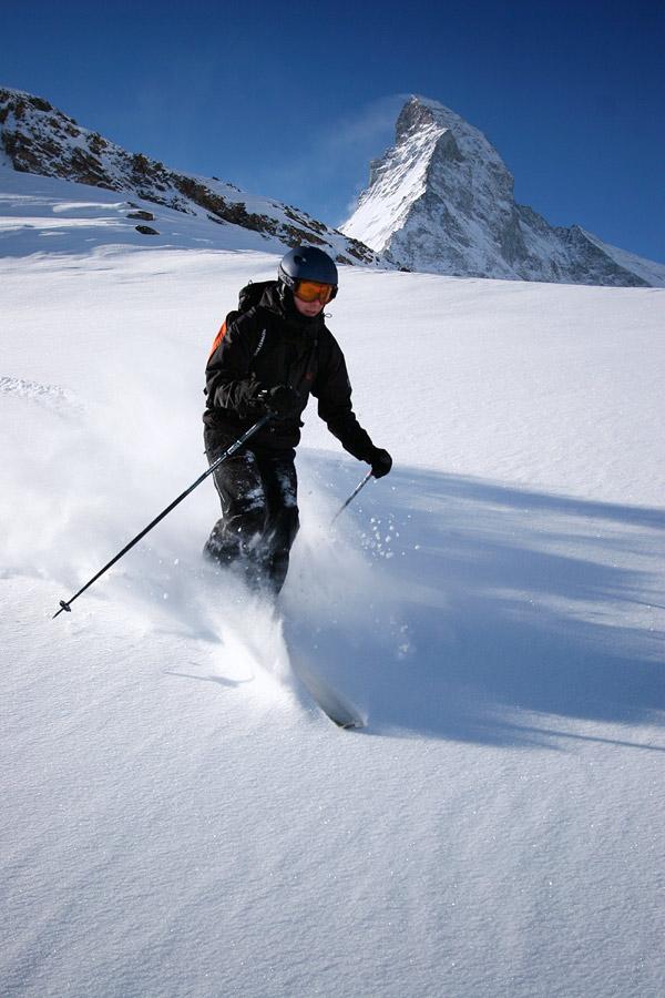 sveitsin hiihtokeskus Lahti