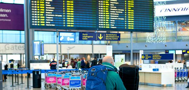 Eri lentoyhtiöiden kilohinnat ja suksipussikäytännöt vaihtelevat paljon