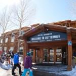Aspen Snowmass Buttermilk laskettelu hiihto lumilautailu