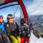 Aspen Snowmass gondolihissi hiihtohissi lapset