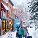 Aspen Snowmass hiihtokylä shoppailu after ski