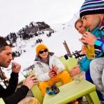 La_clusaz_aravis_after_ski_rinneravintola_terassi