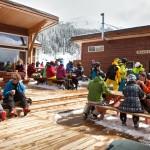 Revelstoke hiihtokeskus rinneravintola MacKenzie Outpost