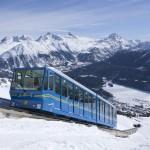 St. Moritz hiihtokeskus alppijuna