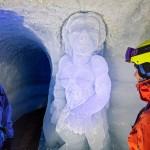 Les 2 Alpes jääluola jäätikko veistos