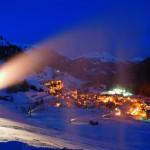 Dolomiitit lumitykki alppikylä