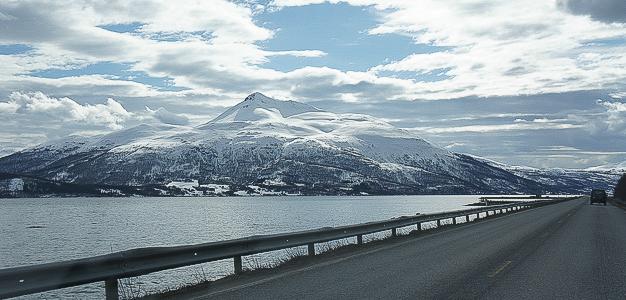 Pohjois-Norjan erinomaiset hiihtovaellus- ja vapaalaskumahdollisuudet ovat ensi talvena entistä monipuolisemmin suomalaisten tavoitettavissa. Finnair avaa nimittäin reitin Tromssaan talvikaudeksi 2014.