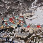 Mont Tremblant hiihtokeskus hiihtohissi rinteet hiihtokylä kanada